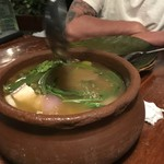107076882 -   SinigangBaboy  豚と野菜の酸味のある塩スープ