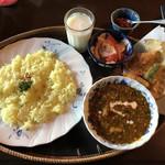 チャイハナ海花 - カレーと揚げ物のセット