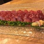 海鮮・かき・沖縄料理 わ - 熊本直送  馬刺しは噛むほどに旨味がジュワ~