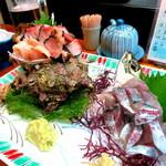 淡島寿司 - サザエ大と鯵たたき
