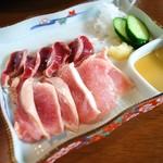 鶏料理専門店 みやま本舗 - 鳥刺し盛り合わせ