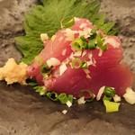 天ぷら新宿つな八 - 鰹のお造り