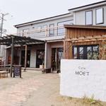 Cafe MOE'T -