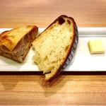 メロンズ テイル - 塩パン美味しい