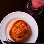 107119462 - 津軽ゆめりんごファームのアップルパイ。