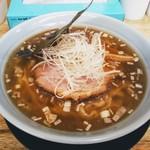 麺屋 つるる - 料理写真:醤油ラーメン!魚介の香りが漂います!