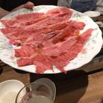 焼肉熱帯夜 ヨルテヤ - すき焼き