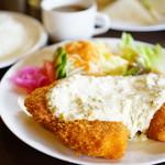 グリル ヨシダ - 料理写真:チキン南蛮セット (¥1,080)