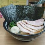 武蔵家 - 料理写真:特別ラーメン1000円