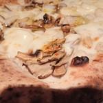 ラ・ベファーナ - キノコの食感が楽しすぎる。