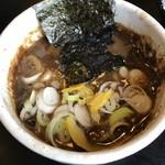 107155211 - 麺屋たけ井本店 つけ麺・小 スープ