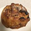 ブランジェリー・パンジェンヌ - 料理写真:クルミ レーズン クリームチーズ  290円(税別)(2019.05.現在)