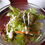農家レストラン みのりの里 - ピッツァのサラダ