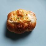 ブーランジェリーNARUI - ソーセージパン