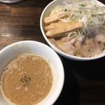 ラーメン海鳴 - つけ麺850円(特盛)
