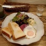 モンシュシュ - 料理写真:ワンプレートモーニング 648円