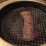 厳選和牛 焼肉 犇屋 - ハラミの王様ステーキ