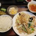 創作中華 秀荘 - 肉野菜炒め定食