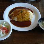 キッチン西山 - オムライス・デミグラスソース味(950円)