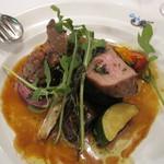 トラットリア デル チェーロ - 仔牛肉と野菜のオーブン焼き 香草風味