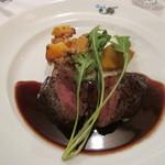 トラットリア デル チェーロ - 黒毛和牛ヒレ肉のグリル赤ワインとマスタードのソース