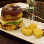 ハングリー ヘブン - 料理写真:ハングリーヘブンチーズ、チキンナゲットセット