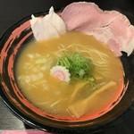 107219737 - 濃厚鶏しょうゆ白湯