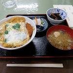 みはらし - 料理写真:煮かつ丼(900円)