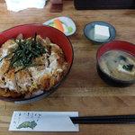 新次亭 - 料理写真:煮カツ丼(800円)