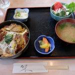 元禄 - 煮カツ丼定食(870円)