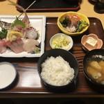 蛇の目寿司 - 地魚五品盛定食