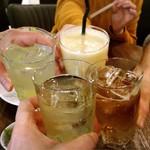 107233119 - 二杯めの乾杯にはミックスジュースも参加♡