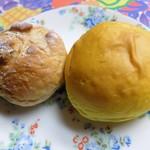 107243346 - くるみパン&かぼちゃパン※休日限定品