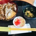 ダイニングカフェ846 - 無角和牛丼