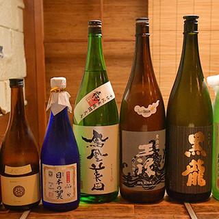 こだわりの日本酒を多数ご用意。希少・高級銘柄もあり〼