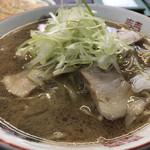庵 - 醤油ラーメン(並)550円