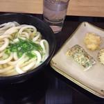 讃岐うどん工房 アイ・スタイル - 料理写真:美味しいかけうどん   小さなひと口サイズの3つのお味天ぷら プチ贅沢じゃないの