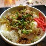 麺屋 集 - 炙り豚丼