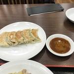中華成喜 - 焼き餃子