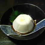 島人&海人 - ジーマミ豆腐(450円)