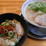博多ラーメン 片岡屋 - 料理写真:スタミナ丼セット