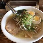 らーめん 空 - 料理写真:空のしお 750円