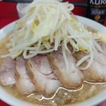 107276476 - やってきた小豚の麺カタメ少なめニンニク少し!