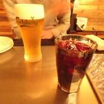 あいろんバル - ドリンク写真:サングリア赤