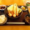 レストラン 鮮菜 - 料理写真:ミックスフライ定食
