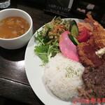 107284074 - サービス定食A \1480(税抜き)