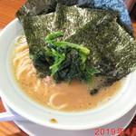 濱之家 - 料理写真:ラーメン(のり増し) \800