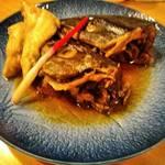 甚六鮨 - アラ煮