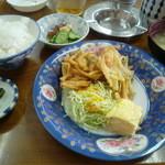 朝日亭 - ランチの定食 600円