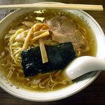 泰園 - 「ラーメン・半チャーハンセット」700円のラーメン